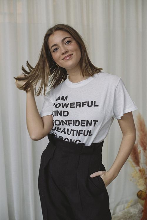 Anine Bing Lili Tee Empowerment White t-skjorte