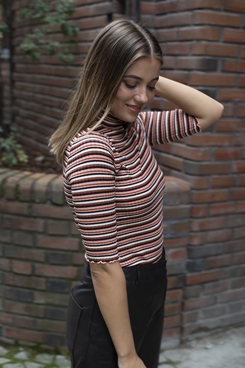 Arnie Says Jessa Stripe T-Shirt Rust Multi topp t-skjorte