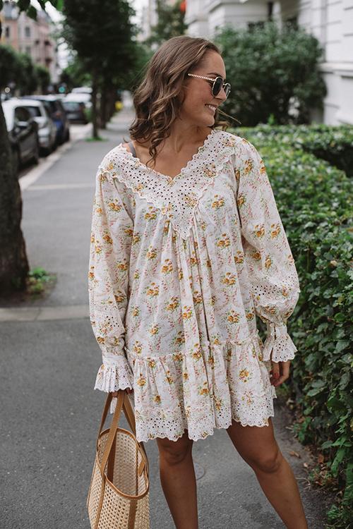 byTiMo Cotton Slub V-Neck Mini Dress Wallpaper kjole
