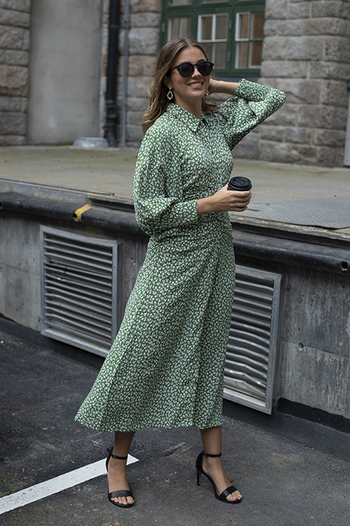 byTiMo Autumn Ruching Midi Dress Apple kjole