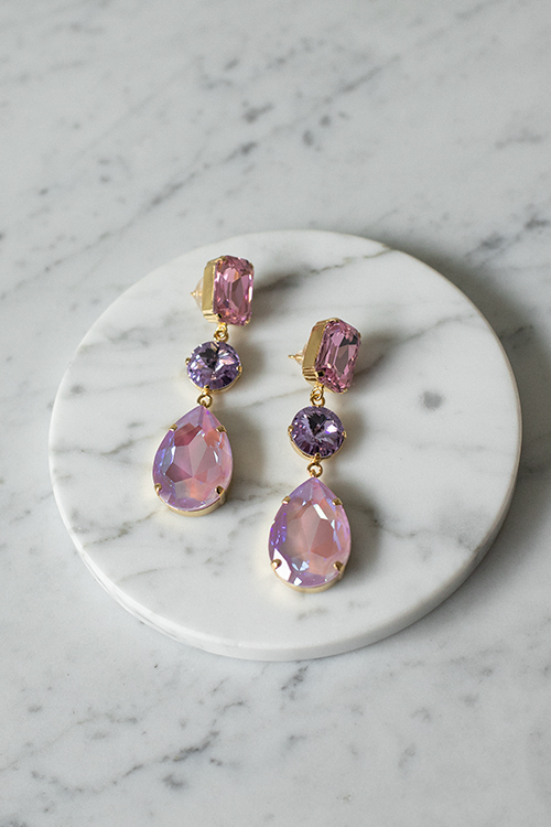 Caroline Svedbom Lydia Grand Earring Gold Lavendel Combo øredobber