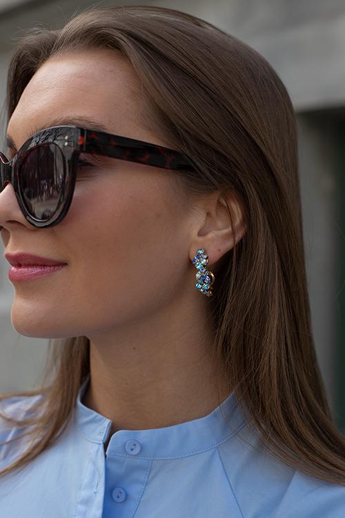 Caroline Svedbom Stella Loop Earring Gold Blue Combo øreringer