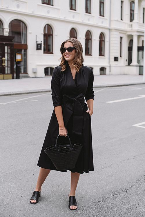 Confettibird Forever De Luxe Dress Black kjole
