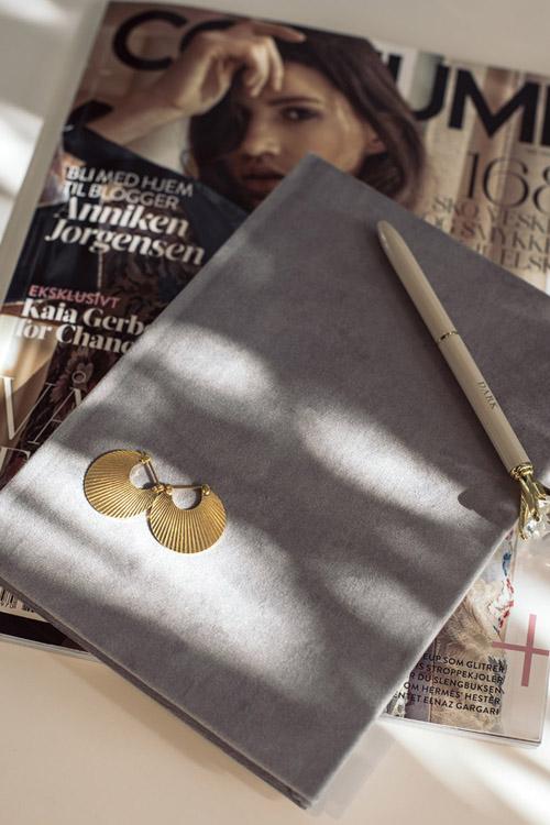 Dark velvet notebook a5 grey