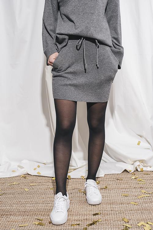 Elle&il Asta Wool Skirt Grey miniskjørt
