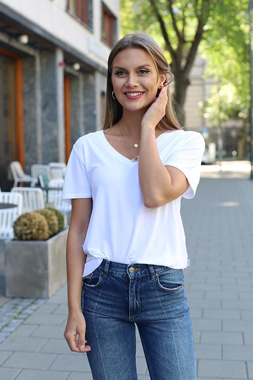 8a5e74f8 ella & il | Kjøp trendy basic klær fra norske ella & il på nett | Carma