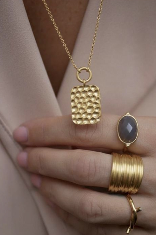 Hammered Pendant Necklace Gold