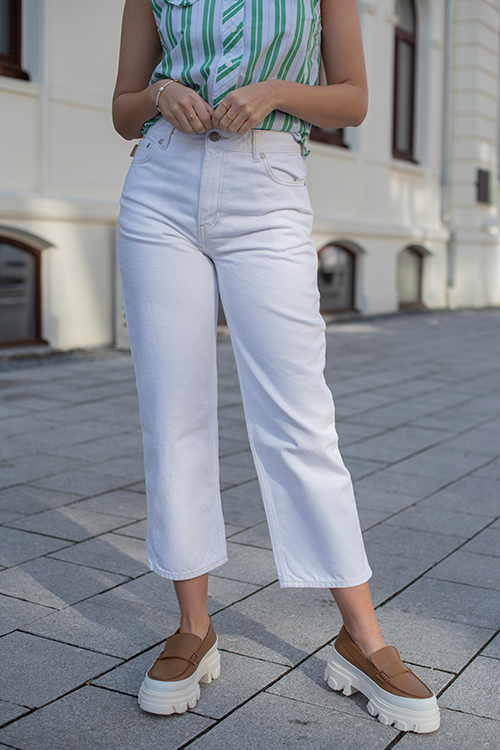 High-Waisted Cropped Jeans Bright White