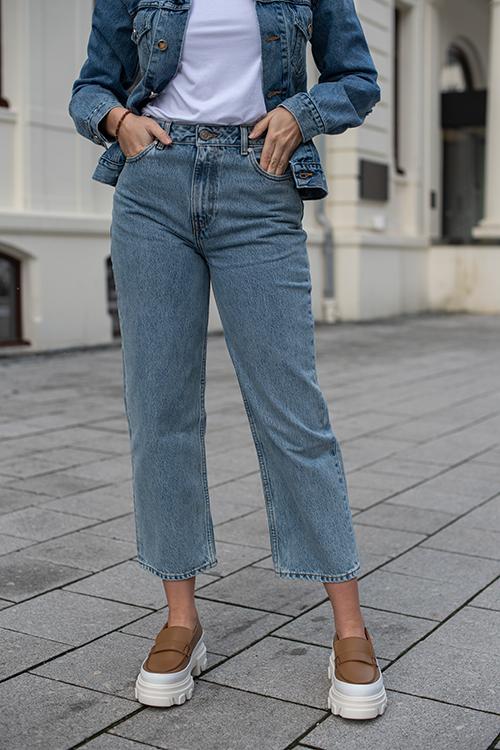 High-Waisted Cropped Jeans Washed Indigo