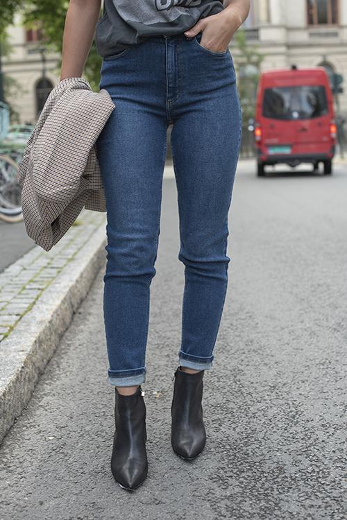 Astrid Mom Jeans Denim Blue