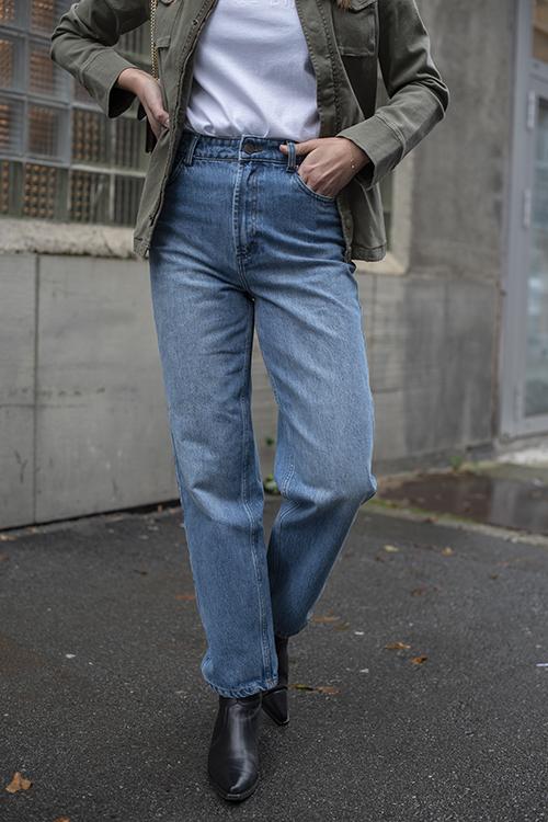 Dacy Mom Jeans Medium Blue