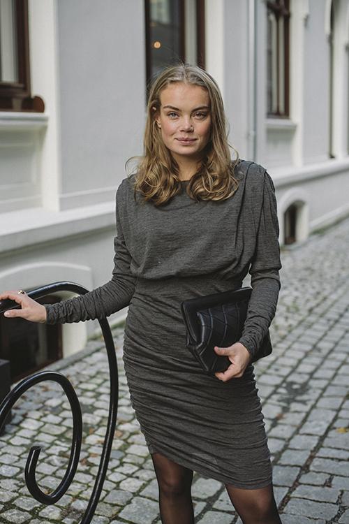 Gestuz Ilja Dress Dark Grey Melange kjole