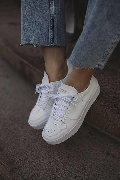 Wing Sneakers White Mono