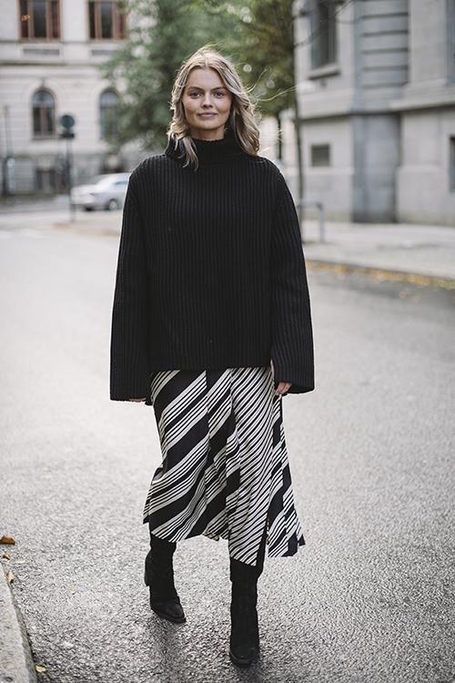 Joseph Carey Diagonal Stripe Skirt Black Combo skjørt