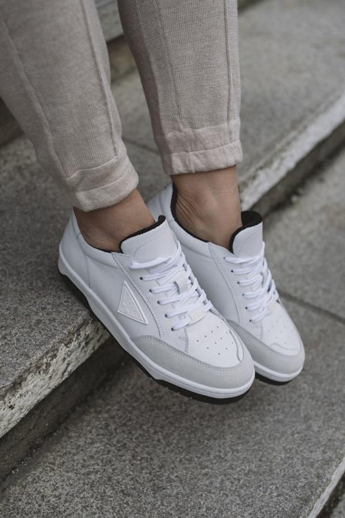 B-Ball Sneakers White/Black