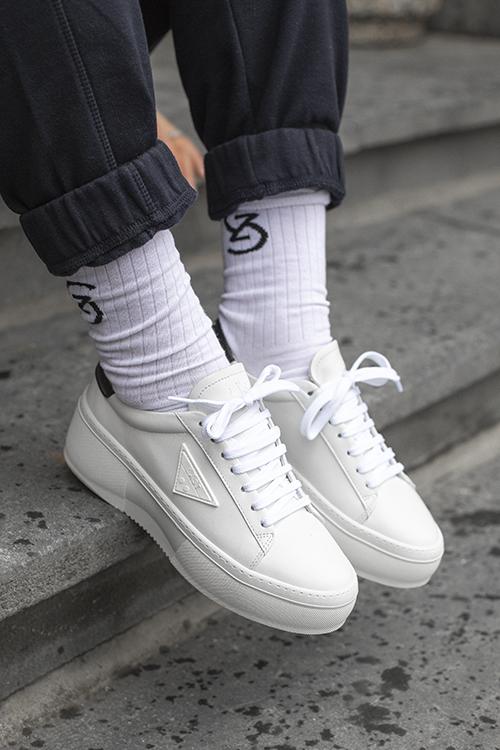 Shine Sneakers White