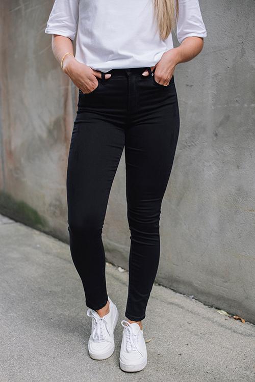 Lois Celia Kilian Noir True black jeans