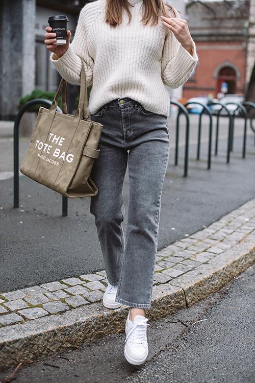 Lois Dana Simon Snow Stone Grey jeans