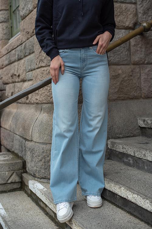 Lois Palazzo Leia Sunlit Light Stone jeans
