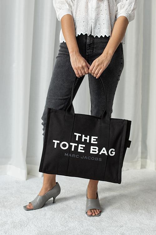 Marc Jacobs The Traveler Tote Bag Black veske