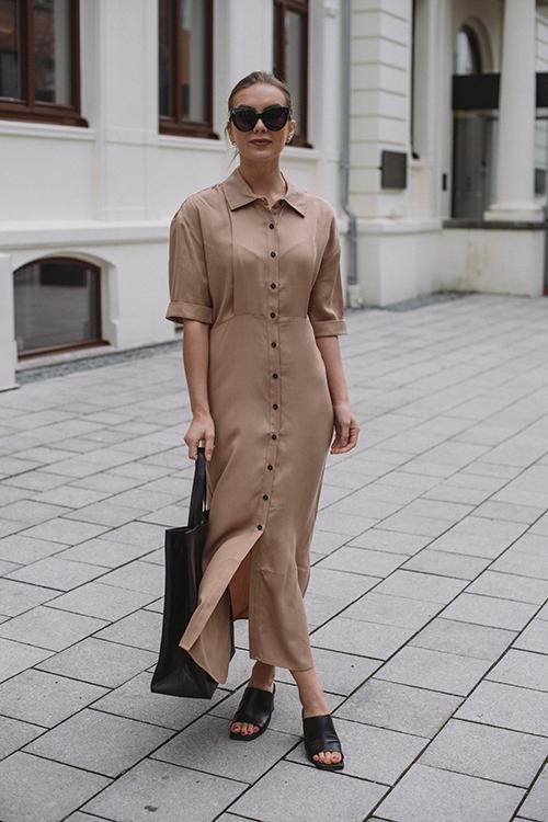 Norr Jade Maxi Dress Beige kjole