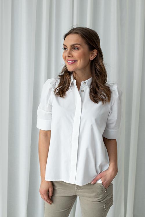 Billie Shirt White