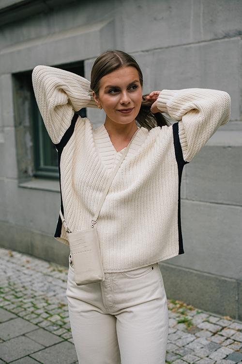 Milo Sweater Ecru/Black Multi
