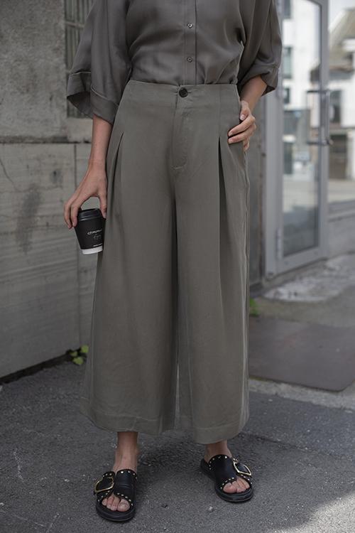 One&Other Saga Pant Jade Green dressbukse