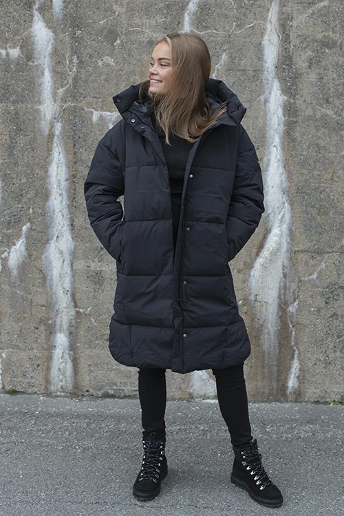 Scandinavian Edition Swell Black jakke