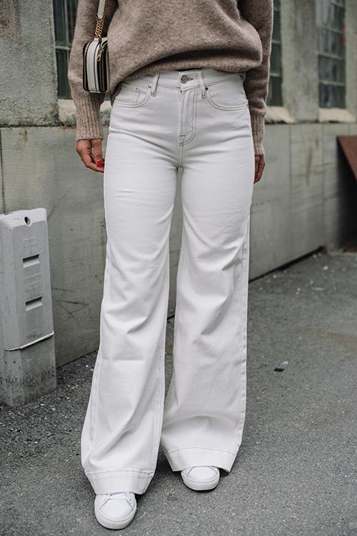 Kersee HW Flare Jeans Ecru